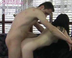 Amateur slet voor een keer een porno filmster